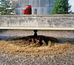 A044 00295 secondary aeration tank activated sludge at waste water treatment and purification plant Germany 300x265 - تصفیه فاضلاب به روش لجن فعال